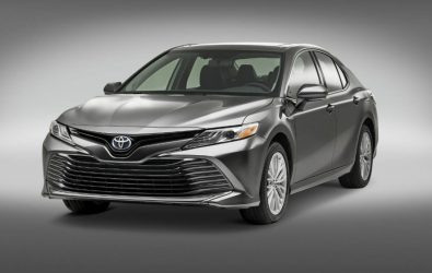 Llega Toyota Camry Híbrido a México