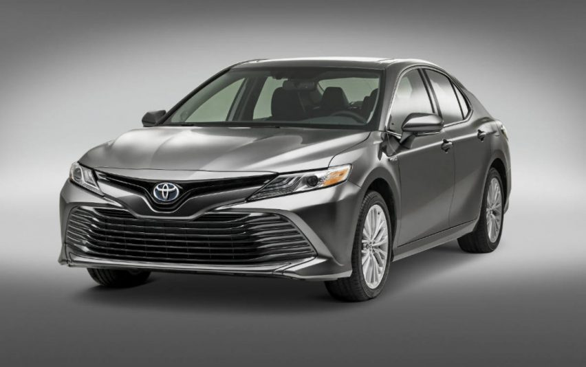 Toyota Camry Híbrido llegó a México