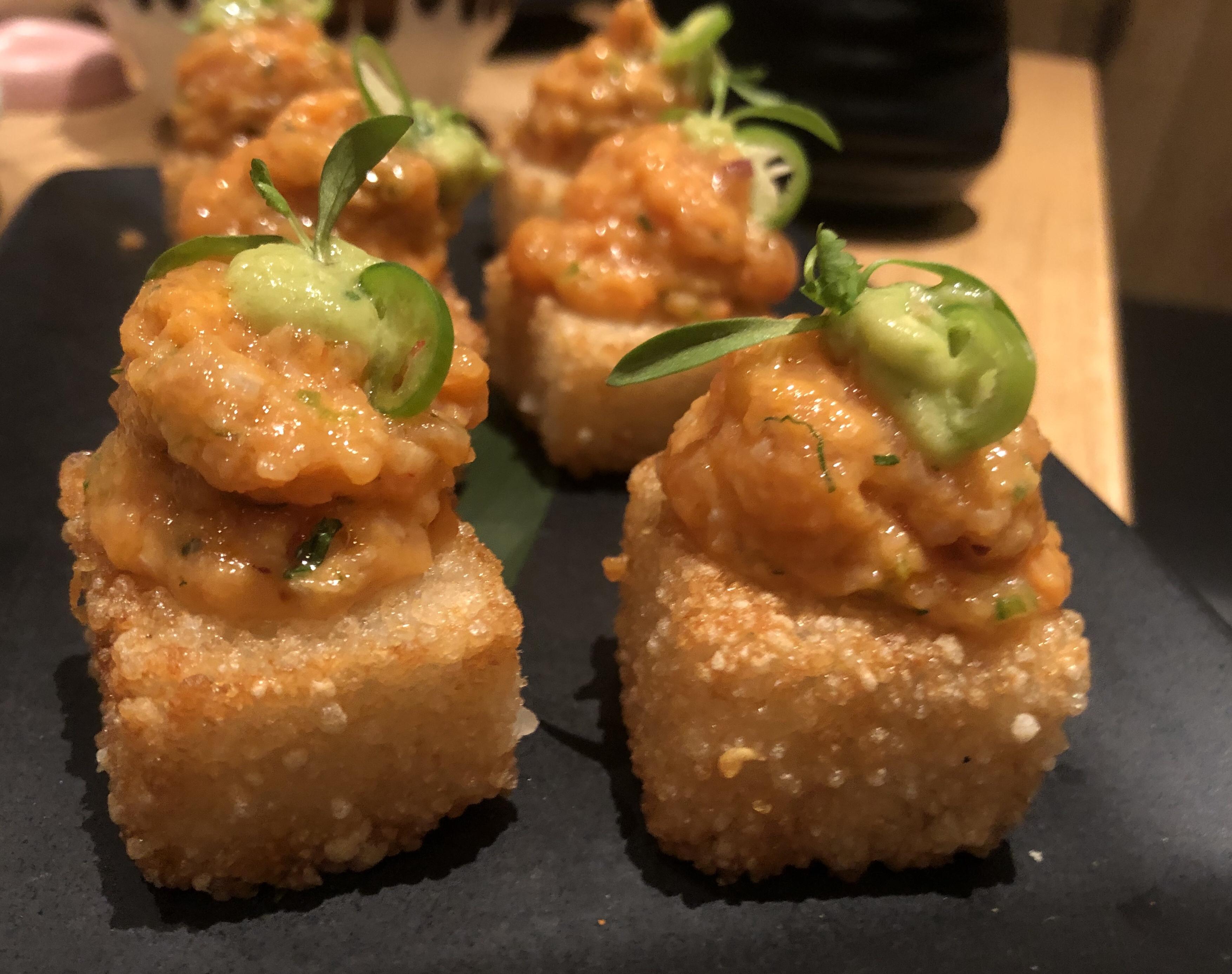 Sushi Cakes, Restaurante OKU