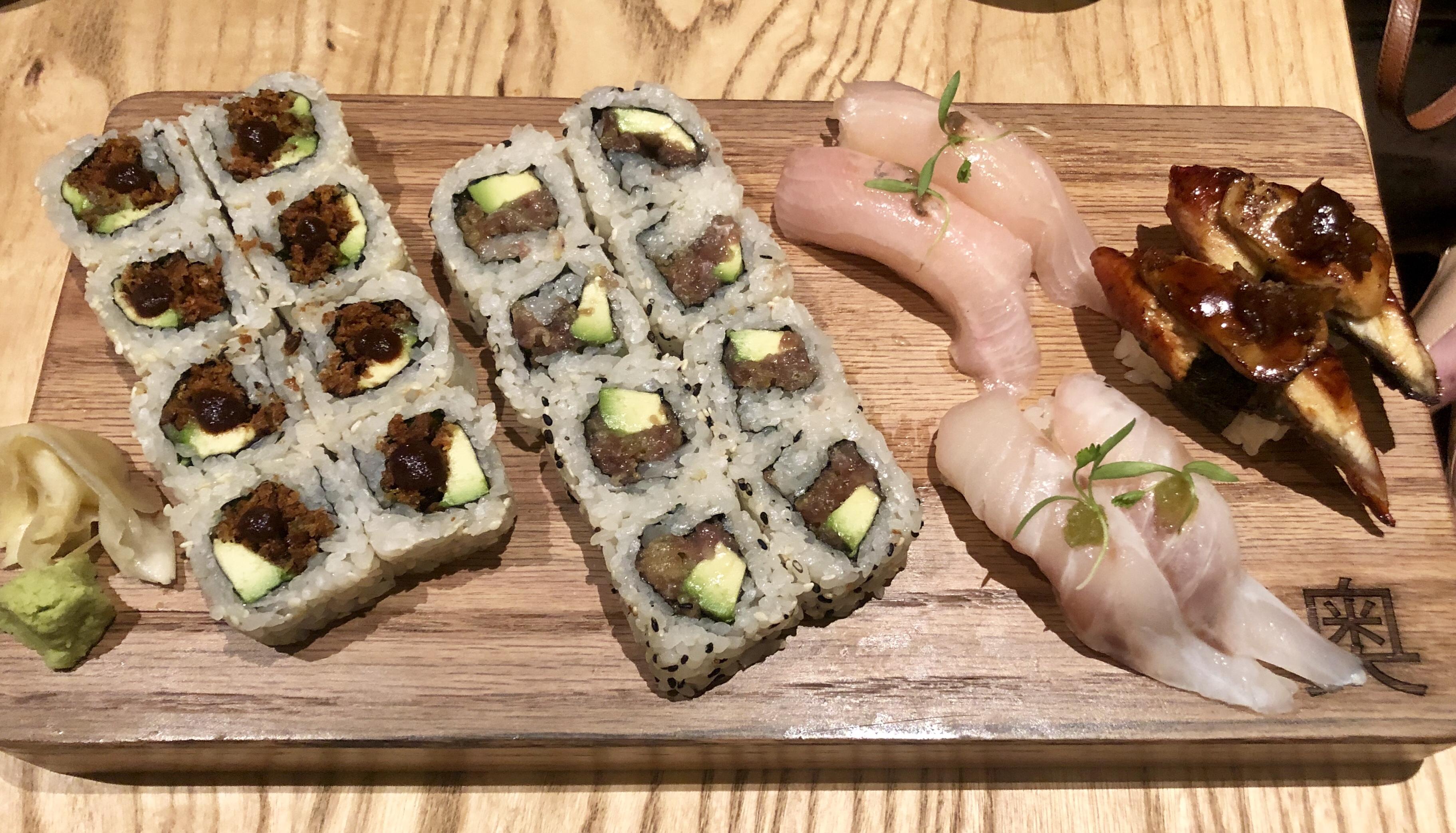 Restaurante OKU Sushi Rolls