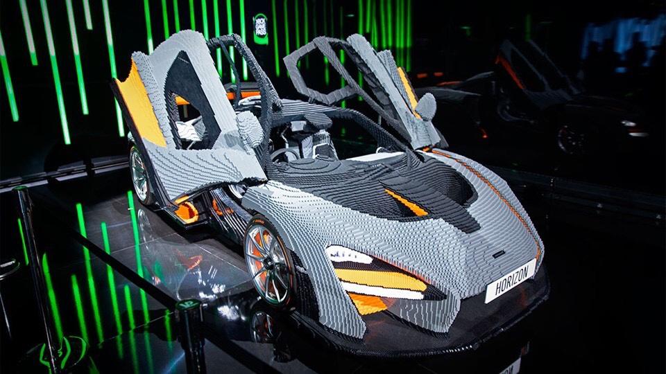 McLaren Senna de LEGO