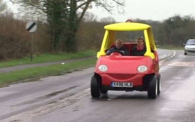 Cozy Coupe de Little Tikes para adultos es real