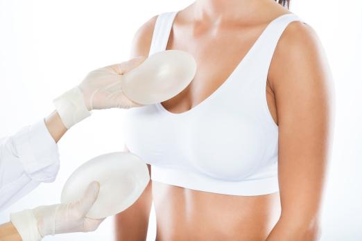 Enfermedad del implante de seno
