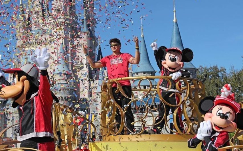 ¿El MVP del Super Bowl va a Disney World?