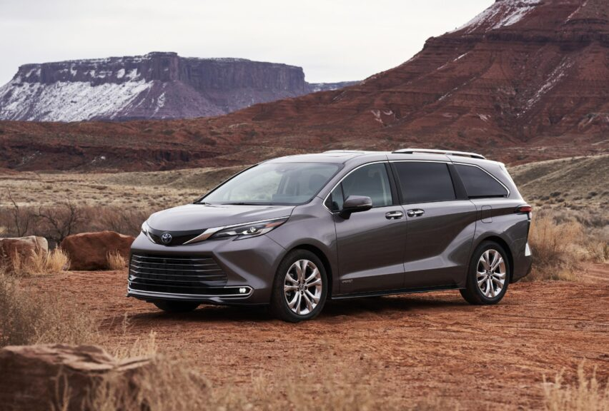 Toyota Sienna 2021 ahora es híbrida