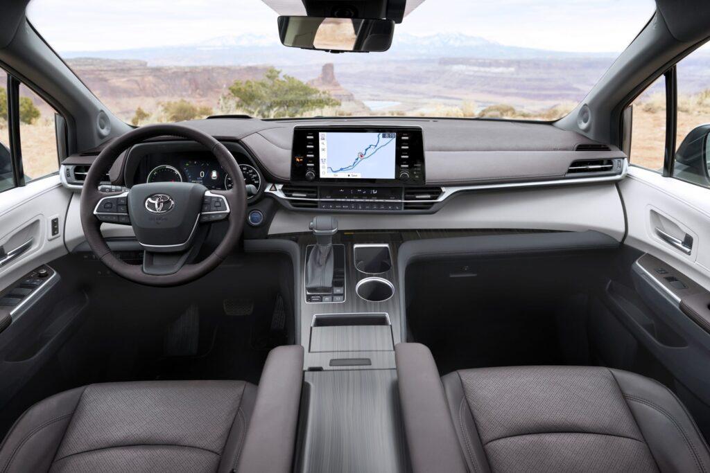 Interior Toyota Sienna 2021