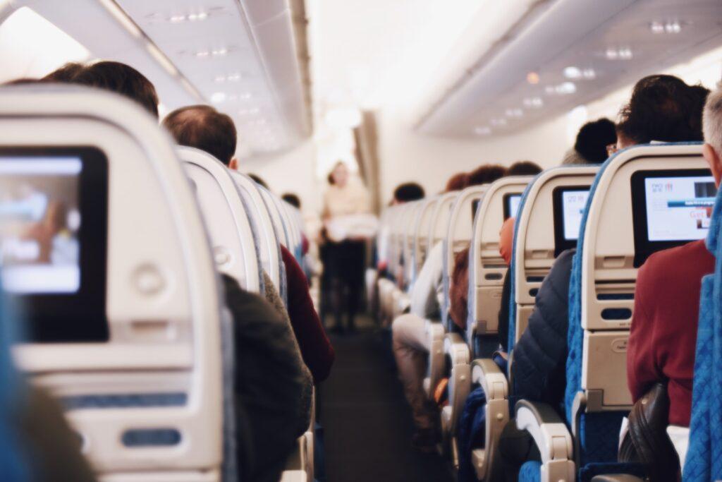 Estas son las nuevas medidas para viajar en avión
