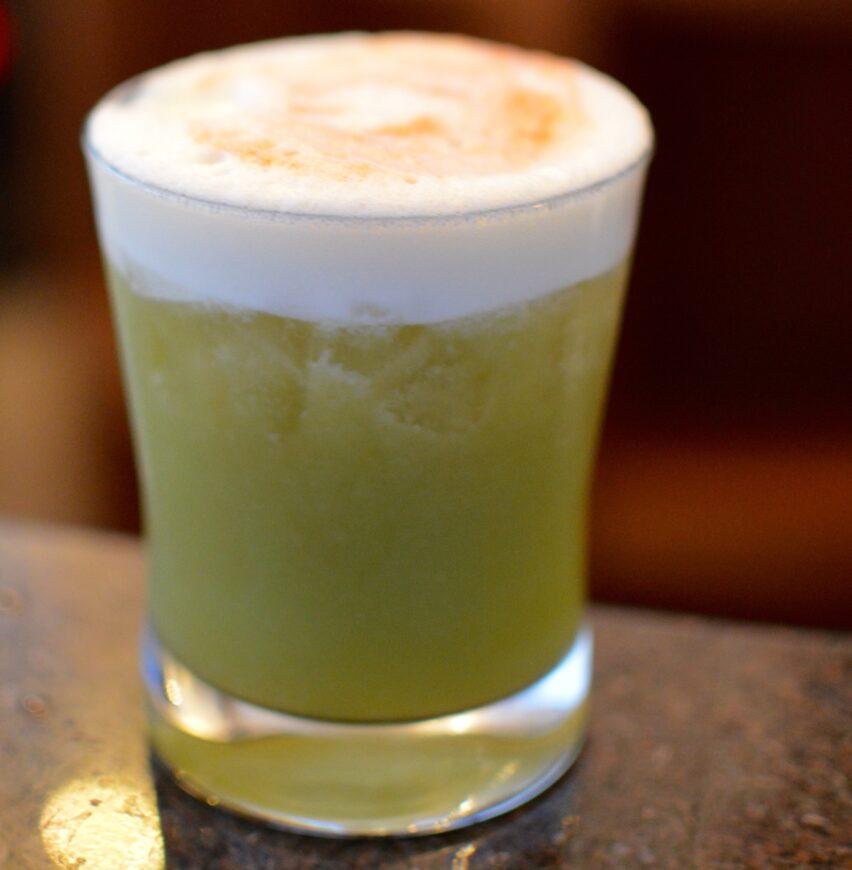 Aprende a elaborar un Cape Cocktail de The Cape