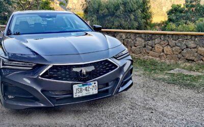 Acura TLX 2021 tan elegante como deportivo