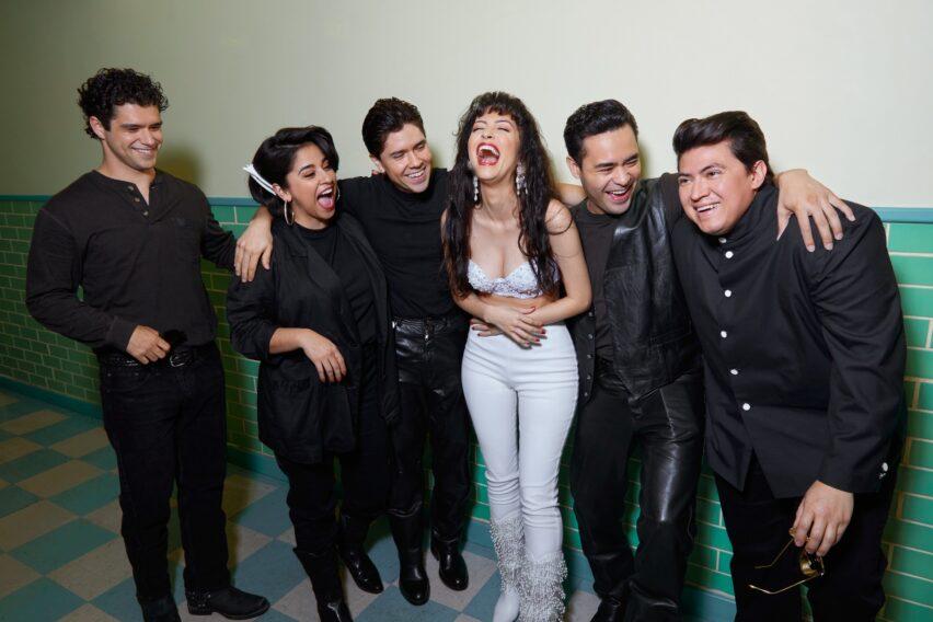 Selena La Serie o ¿Suzette y Los Dinos?