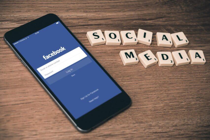 Estados Unidos demanda a Facebook por compras
